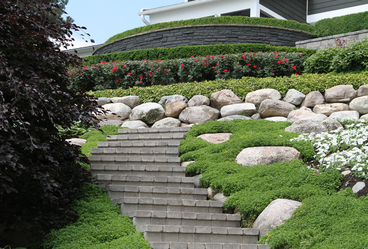 Hill landscape design the image kid has it for Hill landscape design